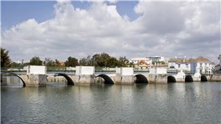 Ponte Velha (The Old Bridge)