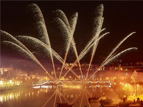 See in the New Year in the Algarve